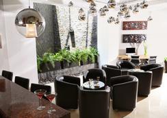 艾赫庫蒂沃快捷酒店 - 瓜達拉哈拉 - 休閒室