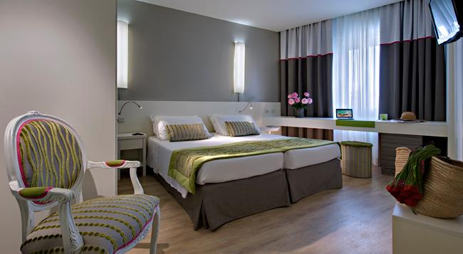 Hotel Terme Mioni Pezzato & Spa - 阿巴諾泰爾梅 - 臥室
