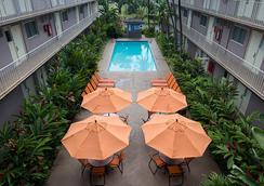 太平洋碼頭酒店 - 檀香山 - 游泳池