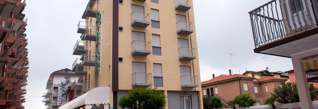 Hotel Anny - Jesolo - 建築
