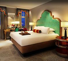 亨廷頓諾布希爾溫泉酒店