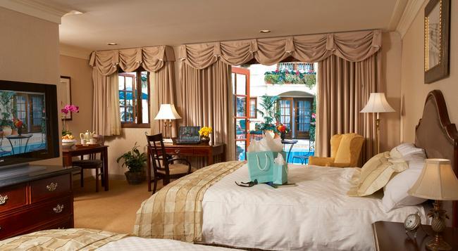 Best Western Plus Sunset Plaza Hotel - 洛杉磯 - 臥室