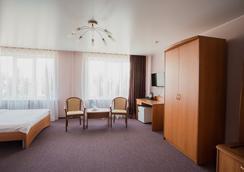克拉斯諾亞爾斯克波利亞特酒店 - 克拉斯諾亞爾斯克 - 臥室