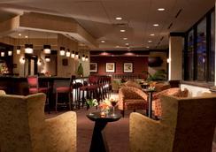 奧斯丁市中心希爾頓花園酒店 - 奧斯汀 - 酒吧
