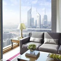 Fairmont Dubai Living Area