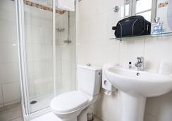 蒙特克萊爾蒙馬特旅舍及經濟型酒店 - 巴黎 - 浴室