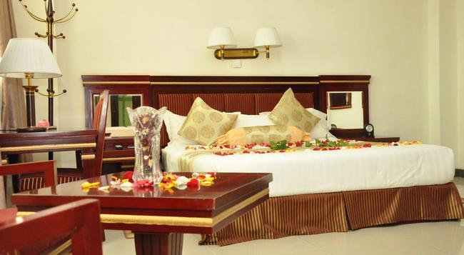 Florida International Hotel - Gondar - 臥室