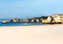 阿爾加威賭場酒店 - 波爾蒂芒 - 海灘