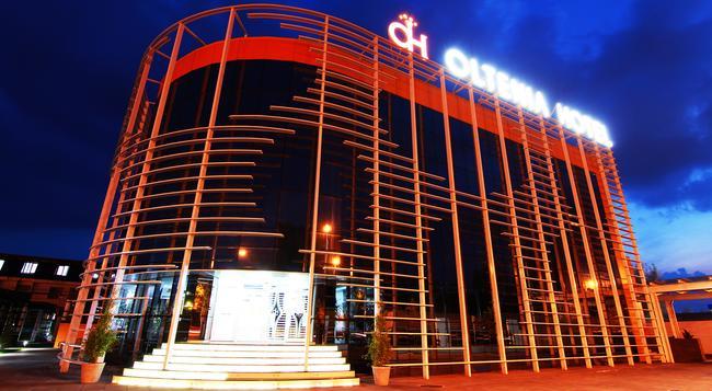 Hotel Oltenia - 克拉約瓦 - 建築