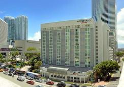 邁阿密市中心萬怡酒店 - 邁阿密 - 建築