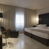 Hotel Fernando III Guestroom