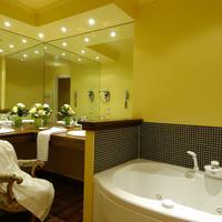 Hotel Noblesse Hydro Massage Bathtube Jacuzzi