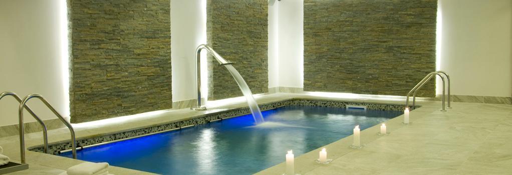 Hotel Kennedy - 聖地亞哥 - 游泳池