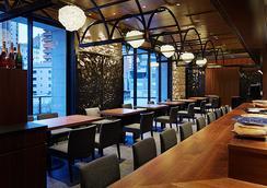 大阪普米爾三井花園飯店 - 大阪 - 酒吧
