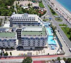 臨海家庭度假酒店