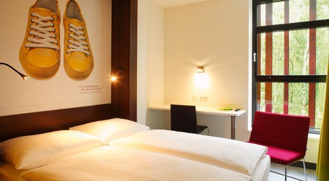 7THINGS Hotel - 不萊梅 - 臥室