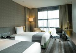 曼谷素坤逸路假日酒店 - 曼谷 - 臥室