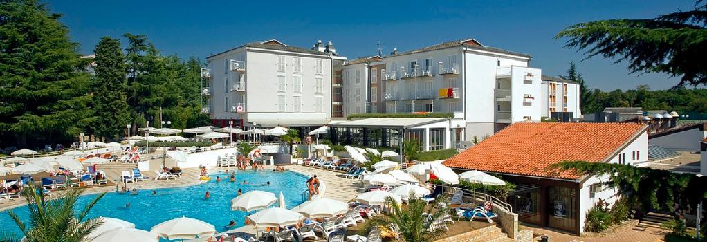 Valamar Pinia Hotel - Poreč - 建築