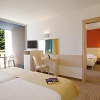 Valamar Crystal Hotel Guestroom