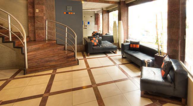 Hotel LP Columbus - 拉巴斯 - 建築