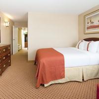 Radisson Hotel Cheyenne, WY Guestroom