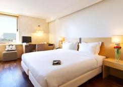 都市HF菲尼克斯酒店 - 里斯本 - 臥室