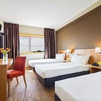 HF Tuela Porto Guestroom