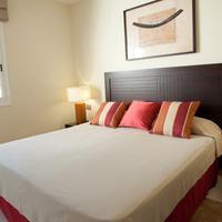 Select Sunningdale Guestroom