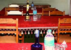 阿尼哥度假村私人有限公司 - Bhaktapur - 餐廳