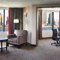 Best Western PLUS Waterfront Hotel King Suite