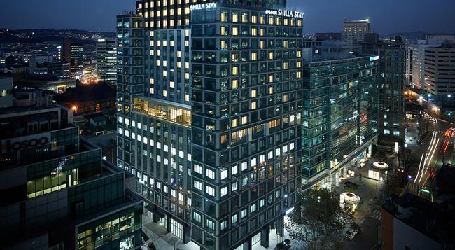 Shilla Stay Gwanghwamun - 首爾 - 建築
