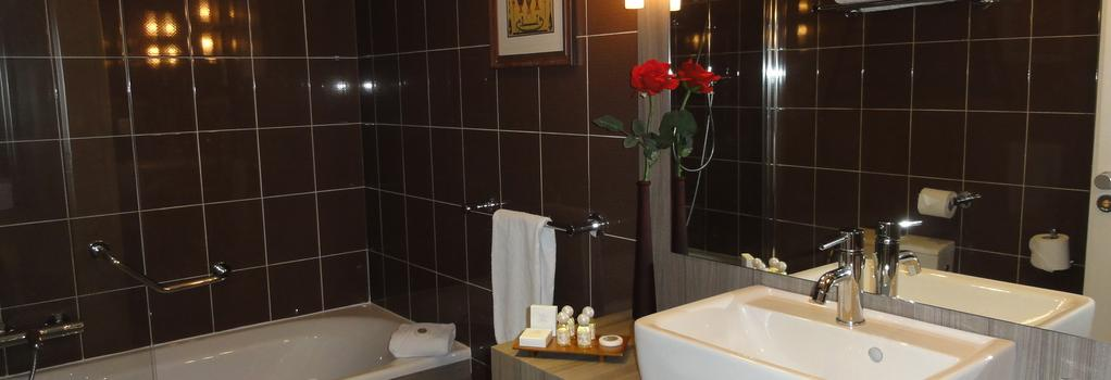 Splendid Hotel - Annecy - 臥室