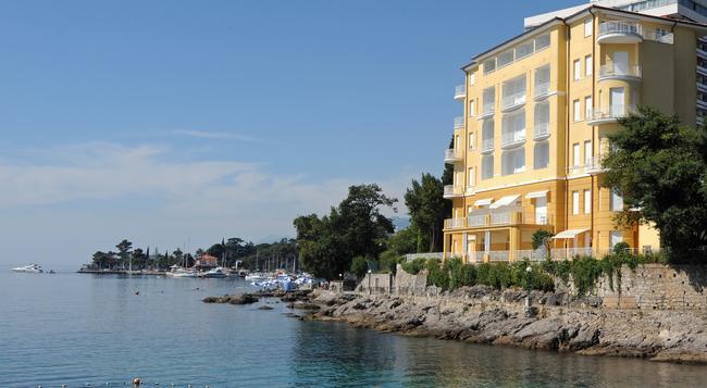 Remisens Premium Villa Ambasador - 奧帕提亞 - 室外景
