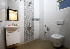 Fabhotel Monarch Jayanagar - 班加羅爾 - 浴室