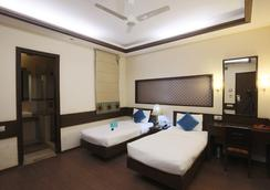 Fabhotel Anutham Nehru Place - 新德里 - 臥室
