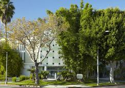 比佛利山莊阿瓦隆酒店 - 比華利山 - 建築