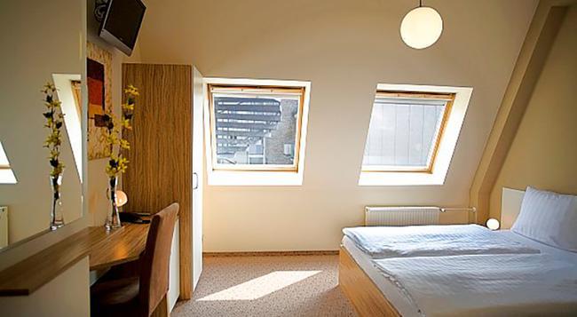 Nu Hotel Berlin - 柏林 - 臥室