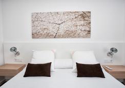 伊維薩太陽公寓酒店 - 伊維薩鎮 - 臥室