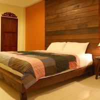 The Outside Inn Royal Lotus - Premium Room