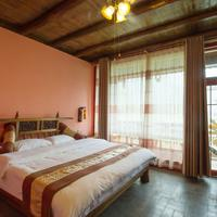 Yangshuo Scenic Mountain Retreat Guestroom