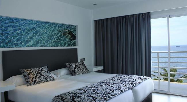 Hotel Nautico Ebeso - 伊維薩鎮 - 臥室