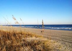 海濱海盜汽車旅館 - 默特爾比奇 - 海灘