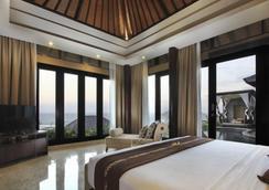 烏魯瑟加拉豪華套房和別墅度假村 - South Kuta - 臥室