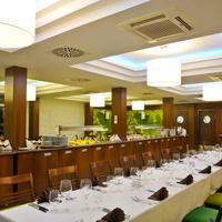 Hotel Délibáb Ресторан Бороштян