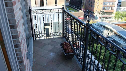 藍月精品旅館 - 紐約 - 陽台