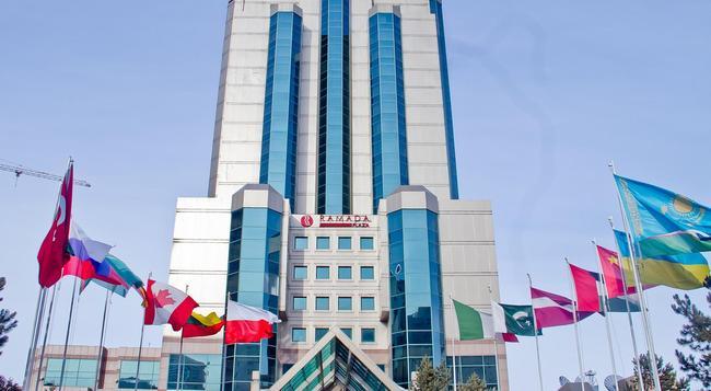 Ramada Plaza Astana - 阿斯塔納 - 建築
