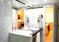 雷克德酒店 - 巴塞隆拿 - 浴室