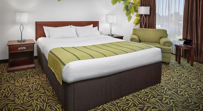 Varscona Hotel on Whyte - Edmonton - 臥室