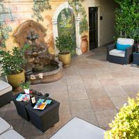 The Dylan at Sfo Tuscan Courtyard with Hand Painted Mural & Fountain