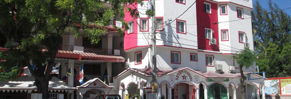 Seven Stars Hotel - 海地首都太子港 - 建築
